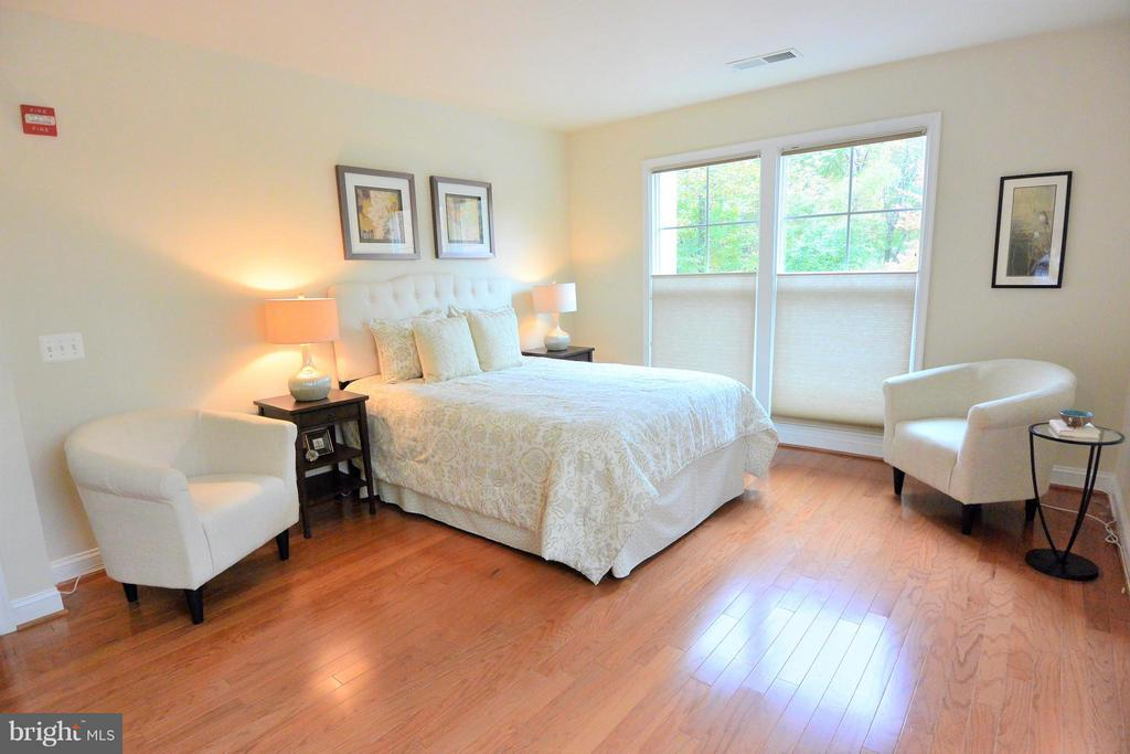 2905  SAINTSBURY PLAZA  113 22031 - One of Fairfax Homes for Sale