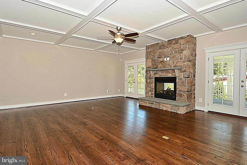 Family Room - 1 TOUCHSTONE FARMS LN, PURCELLVILLE