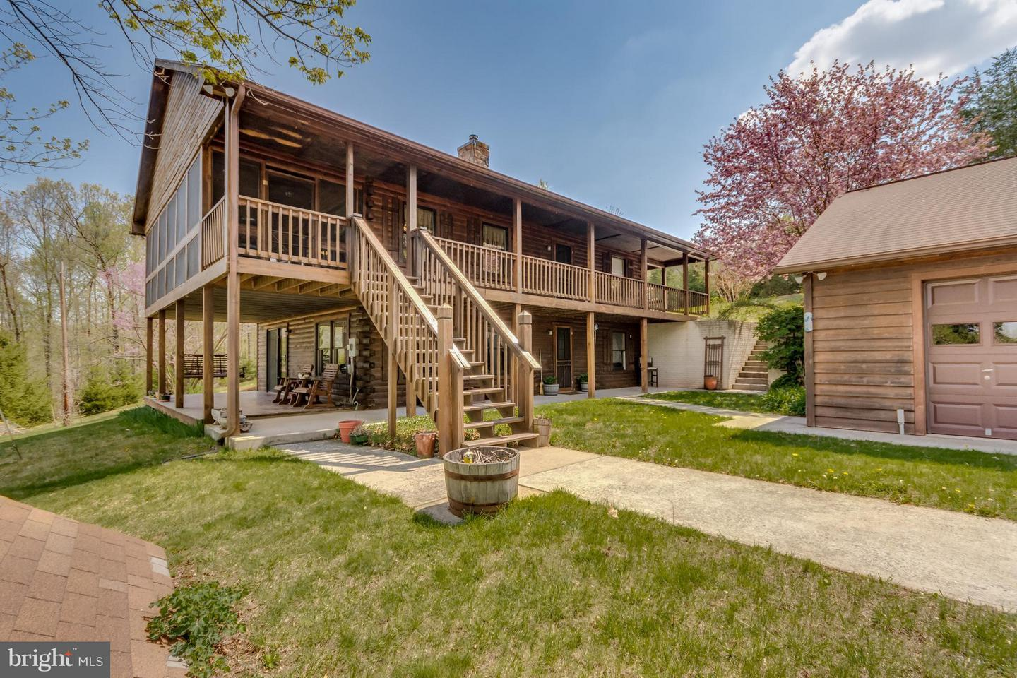 Single Family for Sale at 2436 Duckwall Rd Berkeley Springs, West Virginia 25411 United States