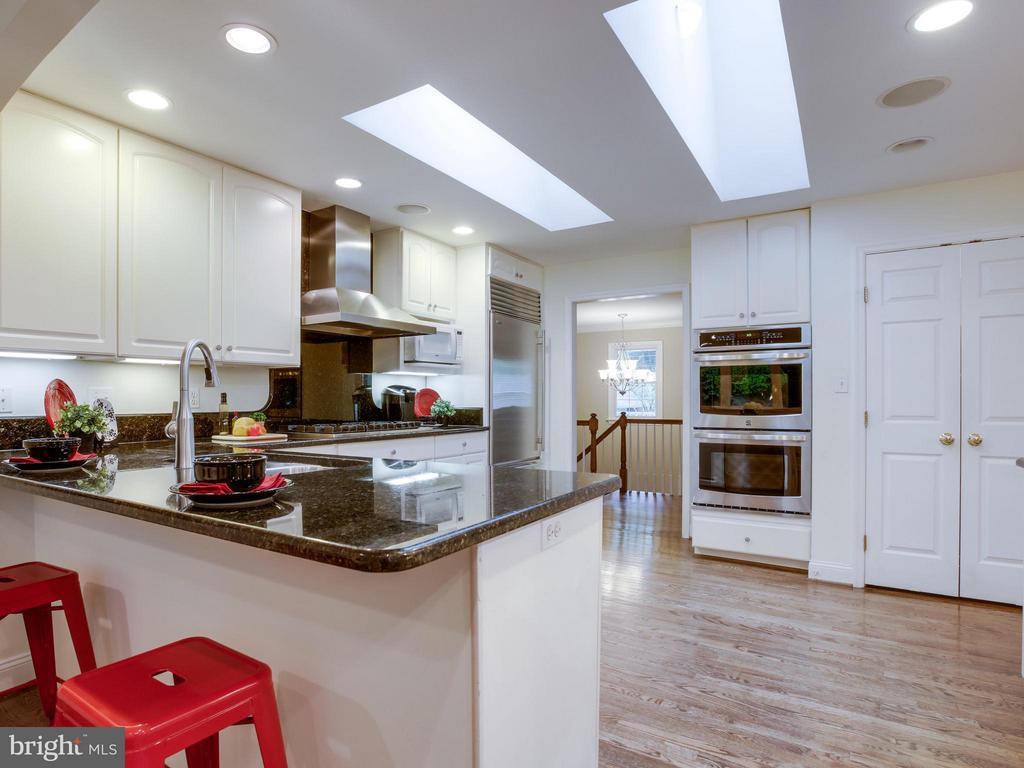Kitchen - 3110 THOMAS ST N, ARLINGTON