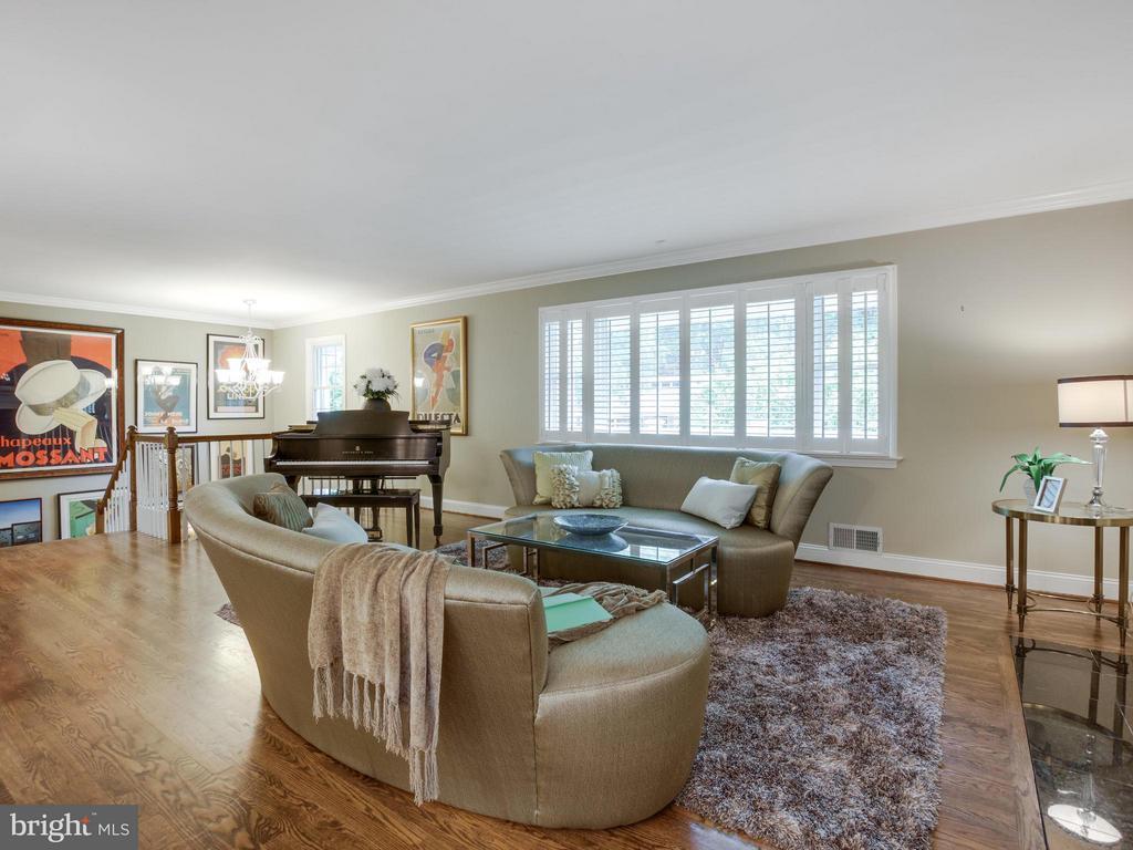 Living Room - 3110 THOMAS ST N, ARLINGTON
