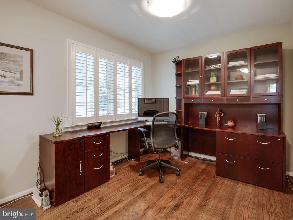 Bedroom #3 (Office Half) - 3110 THOMAS ST N, ARLINGTON