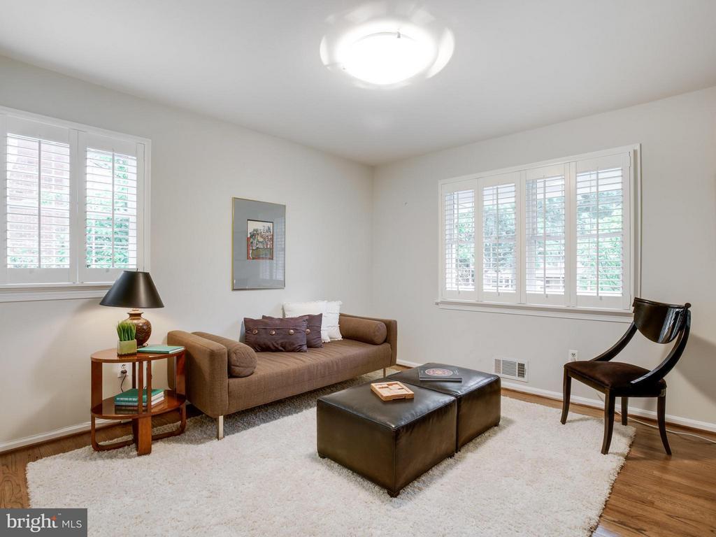 Bedroom #3 (Bedroom Half) - 3110 THOMAS ST N, ARLINGTON