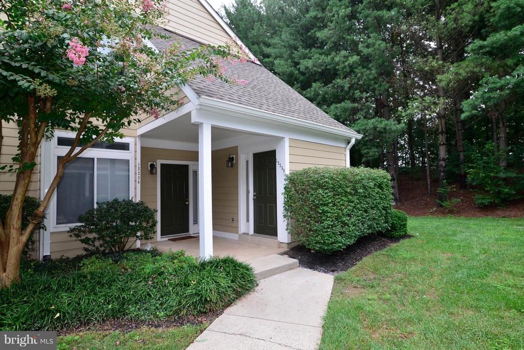 Welcome home! - 12258 FORT BUFFALO CIR #508, FAIRFAX