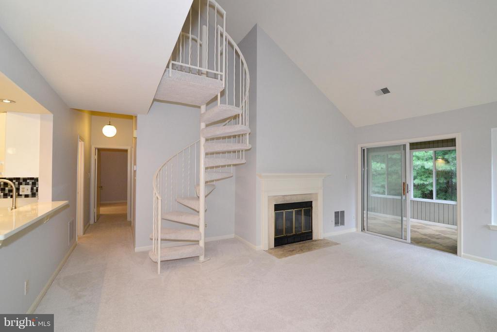 Main living area - spiral staircase to loft - 12258 FORT BUFFALO CIR #508, FAIRFAX