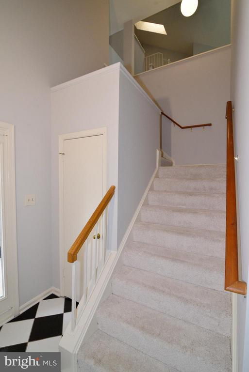 Stairway from foyer to main level - 12258 FORT BUFFALO CIR #508, FAIRFAX