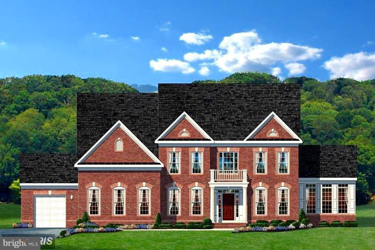 Elegant Brick Front - 15979 WATERFORD CREEK CIR, HAMILTON