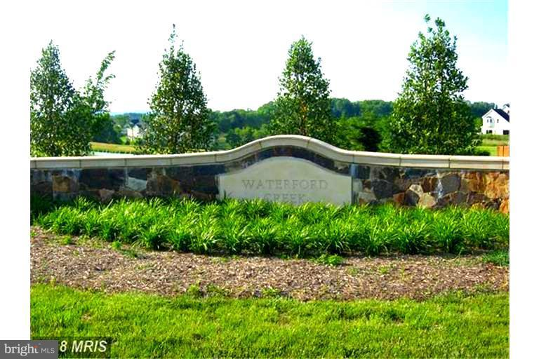Waterford Creek Entrance  Welcomes You - 15979 WATERFORD CREEK CIR, HAMILTON