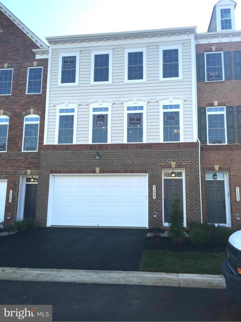 Other Residential for Rent at 42667 Burbank Ter Sterling, Virginia 20166 United States