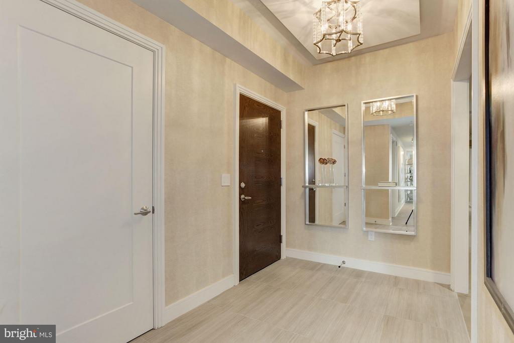 Foyer - 8302 WOODMONT AVE #801, BETHESDA