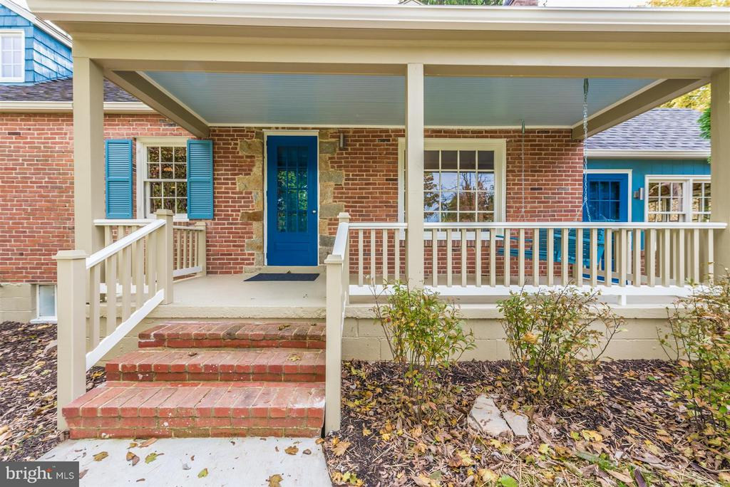 Large front porch. - 1722 SHOOKSTOWN RD, FREDERICK
