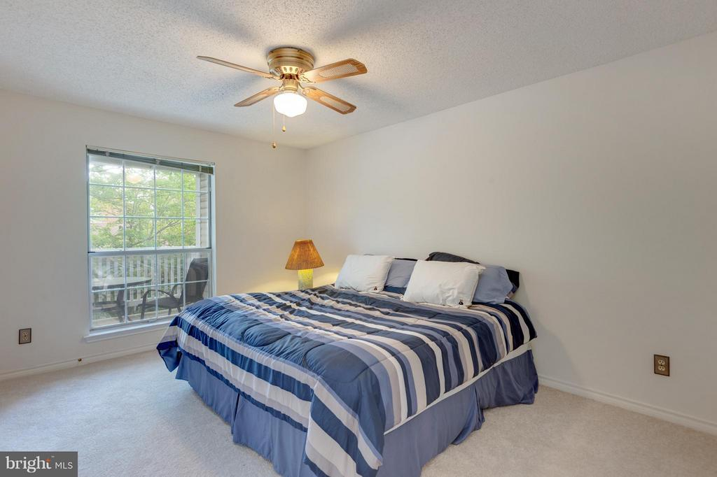 Bedroom (Master) - 1536 LINCOLN WAY #203, MCLEAN