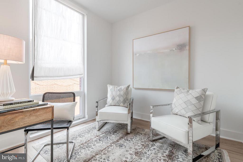 Family Room/Den/Office/Media Room - 801 VIRGINIA AVE SE #206, WASHINGTON