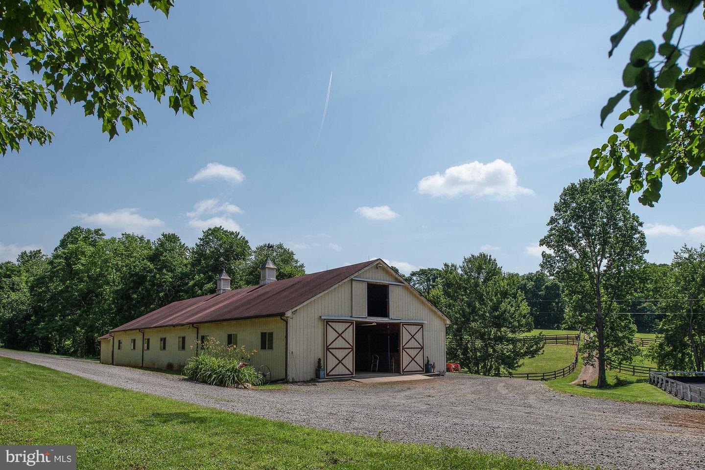 Farm for Sale at 2437 Funny Farm Rd Reva, Virginia 22735 United States