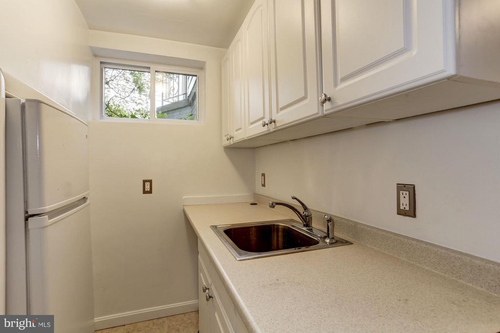 Lower Level Kitchenette - 5464 31ST ST NW, WASHINGTON