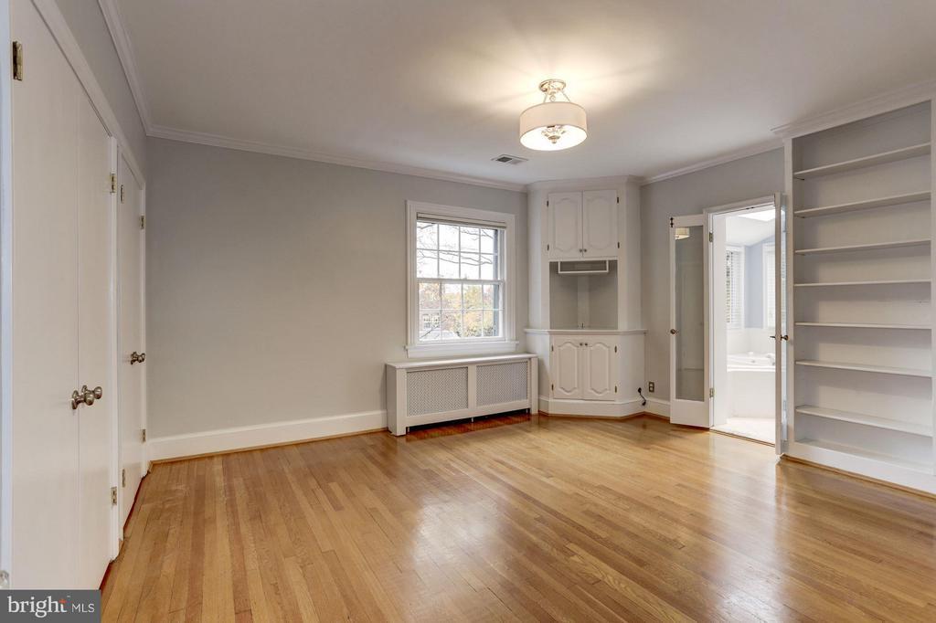 Master Bedroom - 5464 31ST ST NW, WASHINGTON