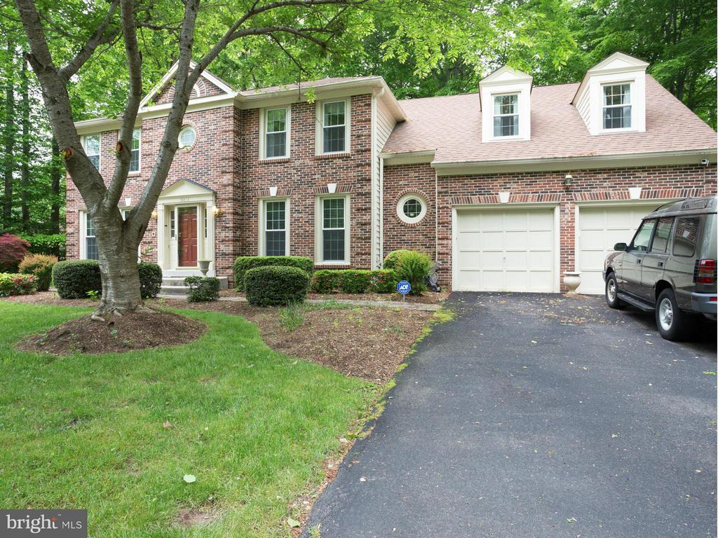 Exterior (Front) - 10618 CANTERBERRY RD, FAIRFAX STATION