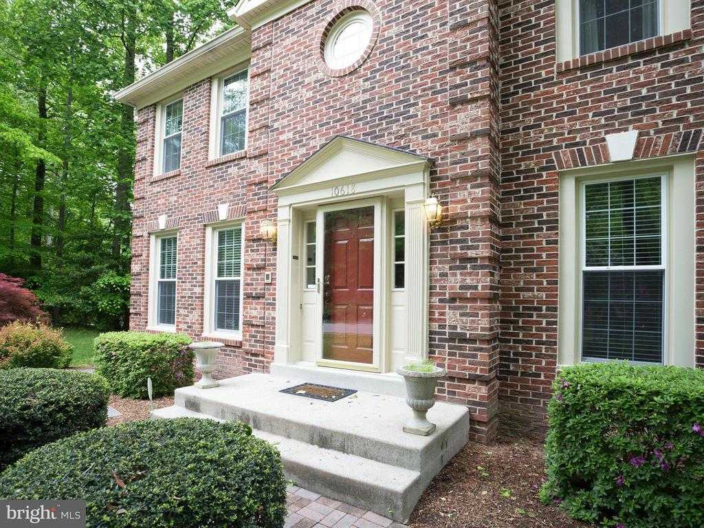 Welcome Home! - 10618 CANTERBERRY RD, FAIRFAX STATION