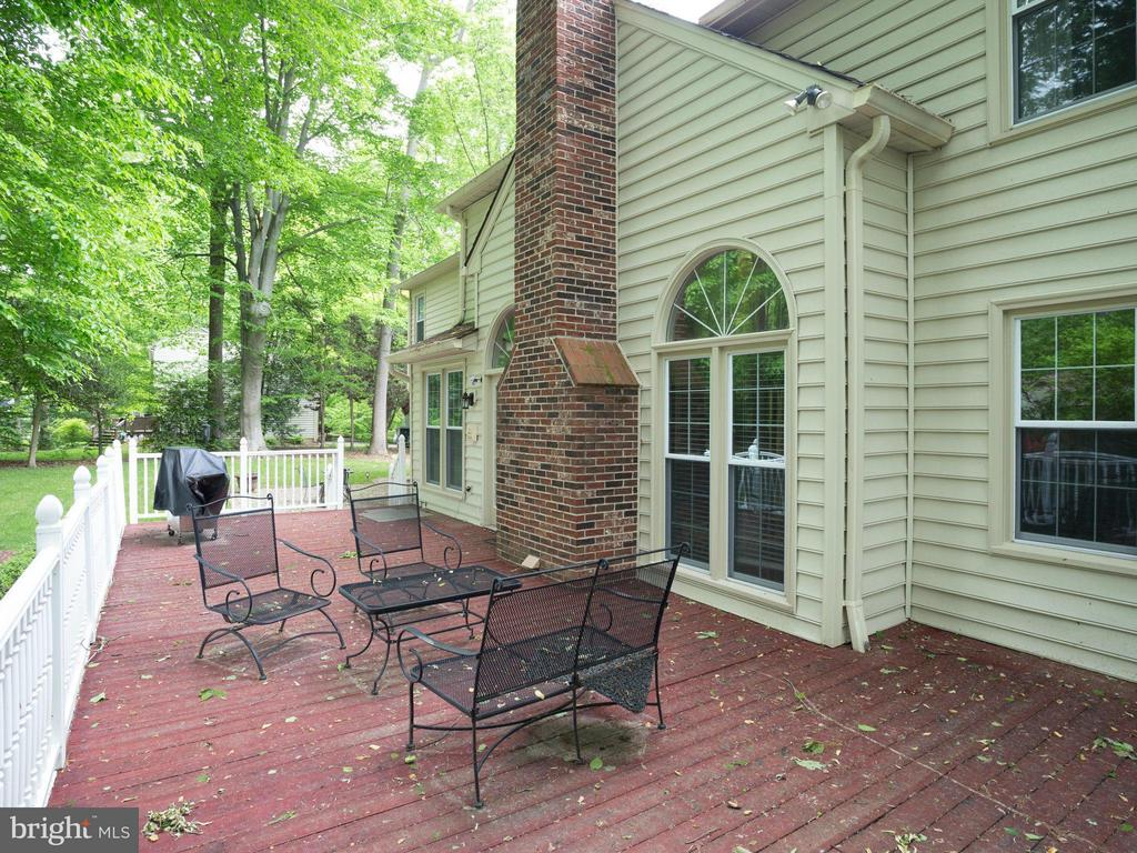 Patio - 10618 CANTERBERRY RD, FAIRFAX STATION