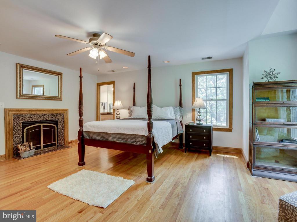 Bedroom (Master) - 6612 RIDGEWAY DR, SPRINGFIELD