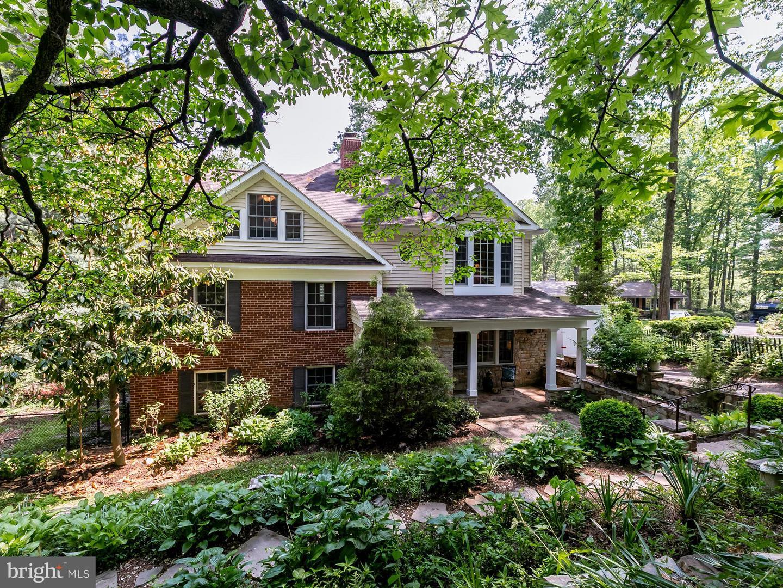 Single Family Home for Sale at 6612 Ridgeway Drive 6612 Ridgeway Drive Springfield, Virginia 22150 United States