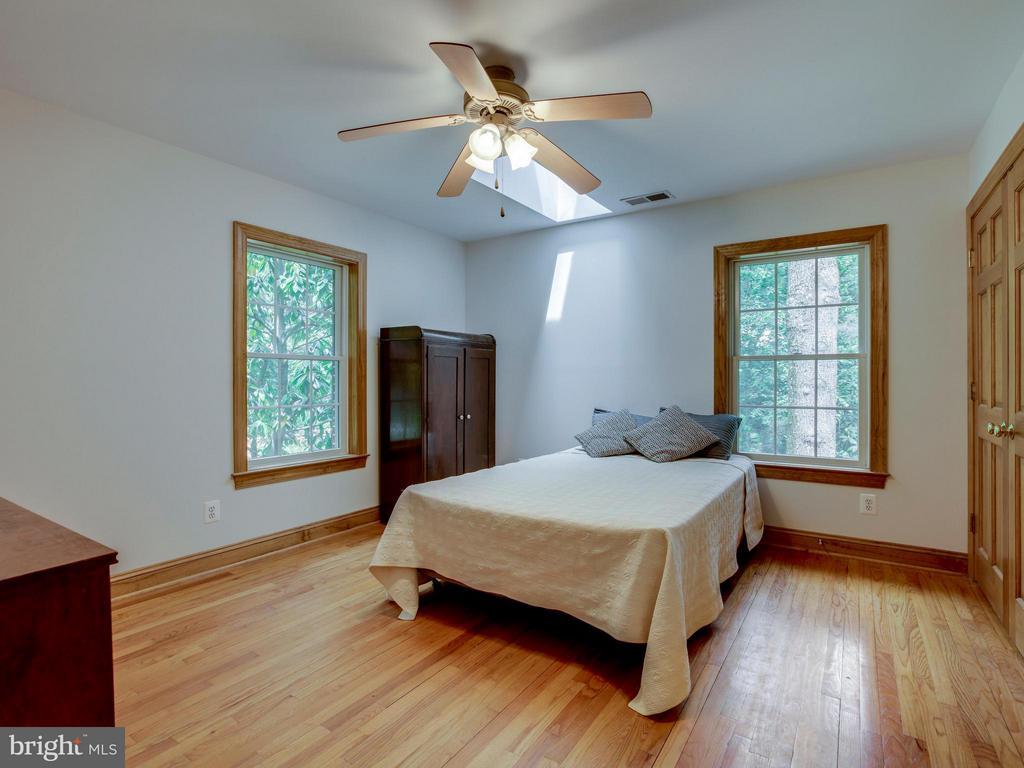 Bedroom #3 - 6612 RIDGEWAY DR, SPRINGFIELD