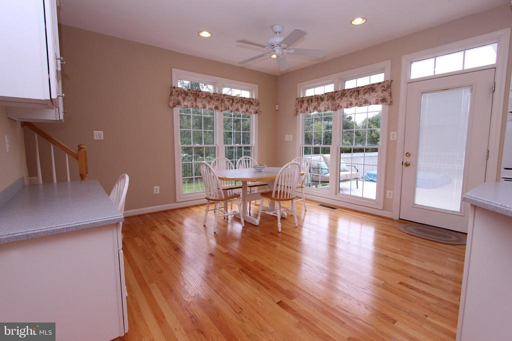 Planning Desk and Table Space - 43499 CROSS BREEZE PL, ASHBURN