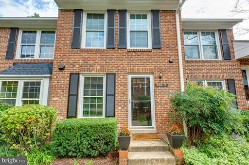 2514-D ARLINGTON MILL DR #4