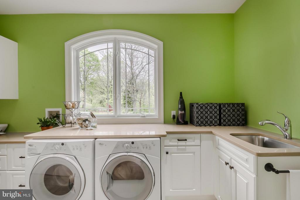 Laundry Room - 12060 CATOCTIN FARM LN, LOVETTSVILLE