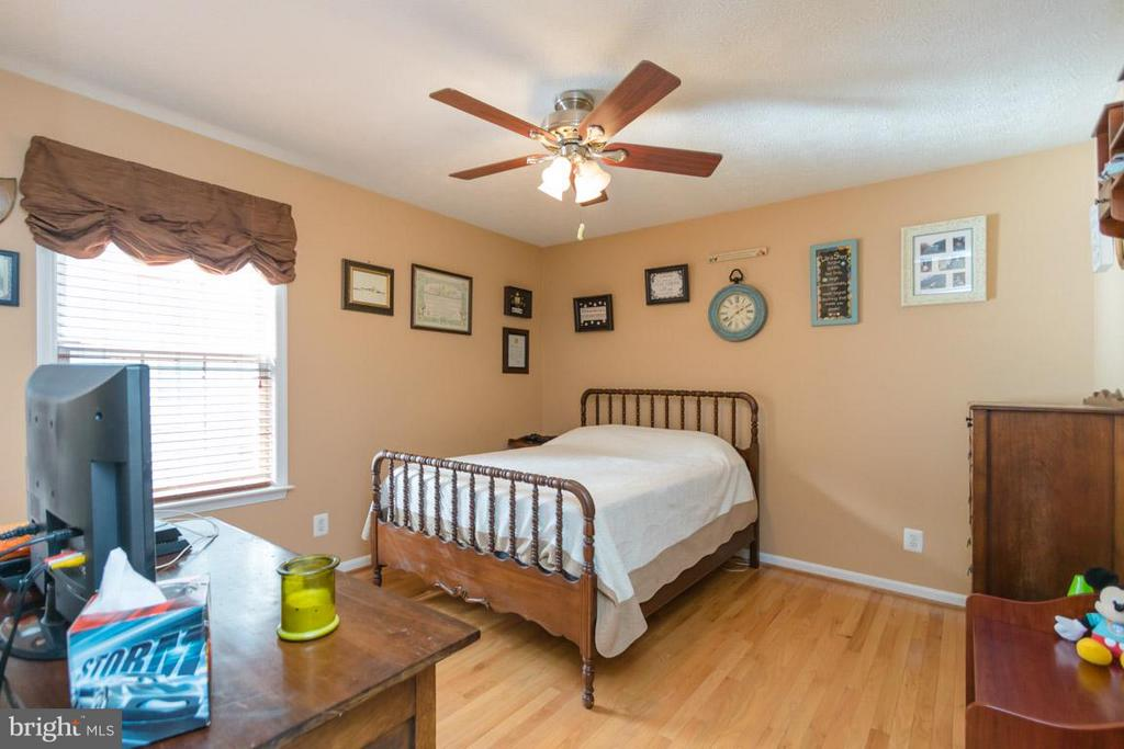 Bedroom three - 3411 LAKEVIEW PKWY, LOCUST GROVE