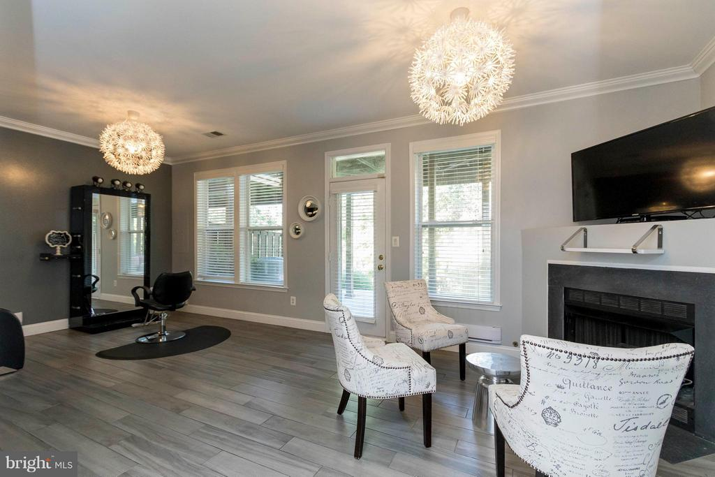 Stunning lower level recently renovated! - 21043 ROAMING SHORES TER, ASHBURN