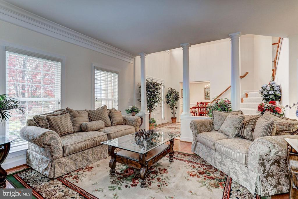 Formal Living Room - QUARTZ - LOT 6 AVE, CULPEPER