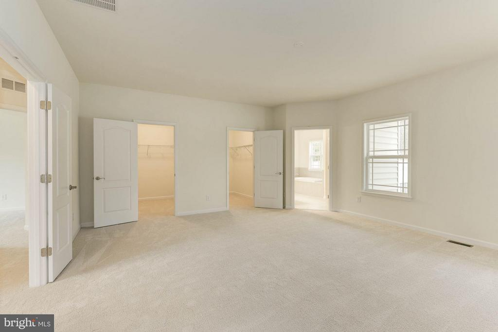 Bedroom (Master) - QUARTZ - LOT 10 AVE, CULPEPER