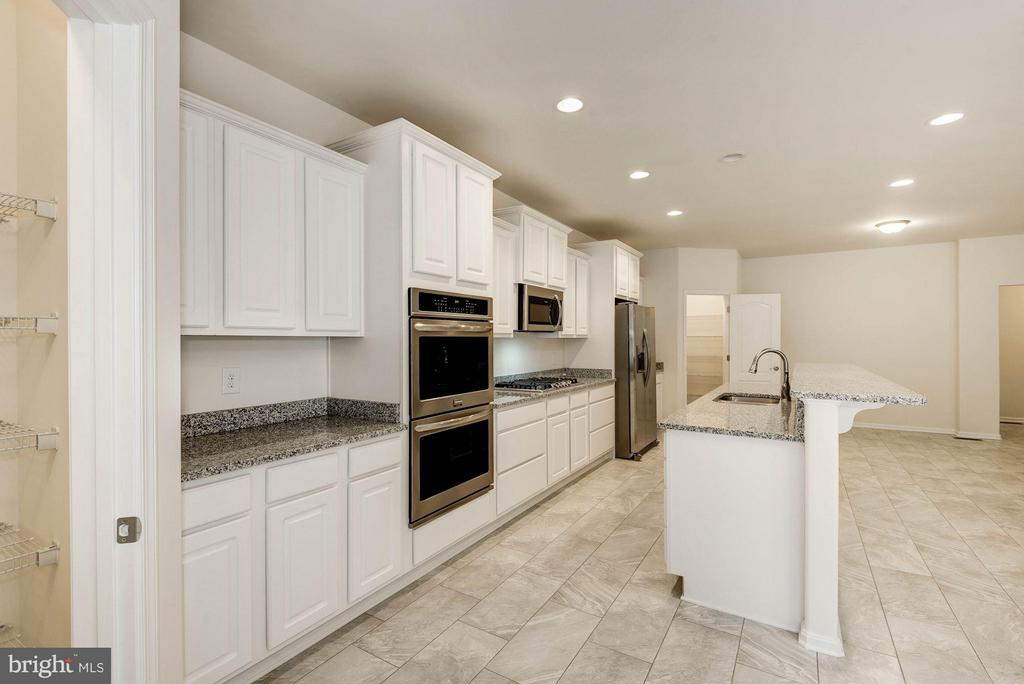 Kitchen - QUARTZ - LOT 10 AVE, CULPEPER