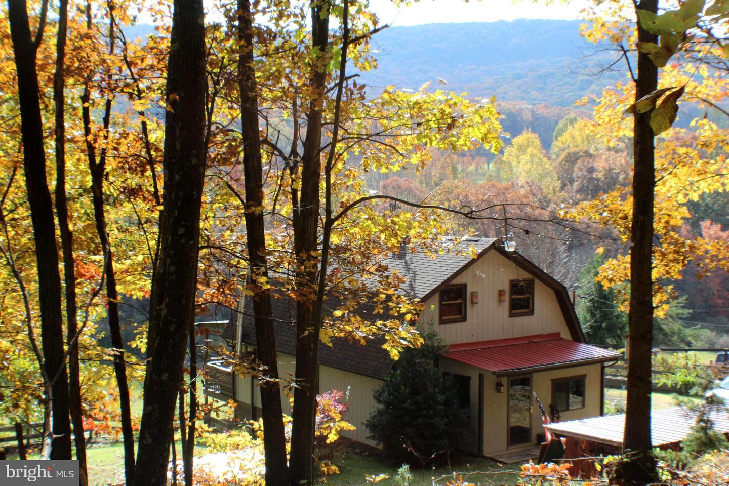 Single Family for Sale at 168 Rhododendron Trl Rio, West Virginia 26755 United States