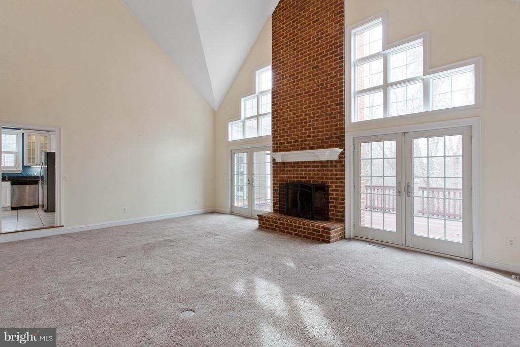 Family room opens to deck - 55 AZTEC DR, STAFFORD