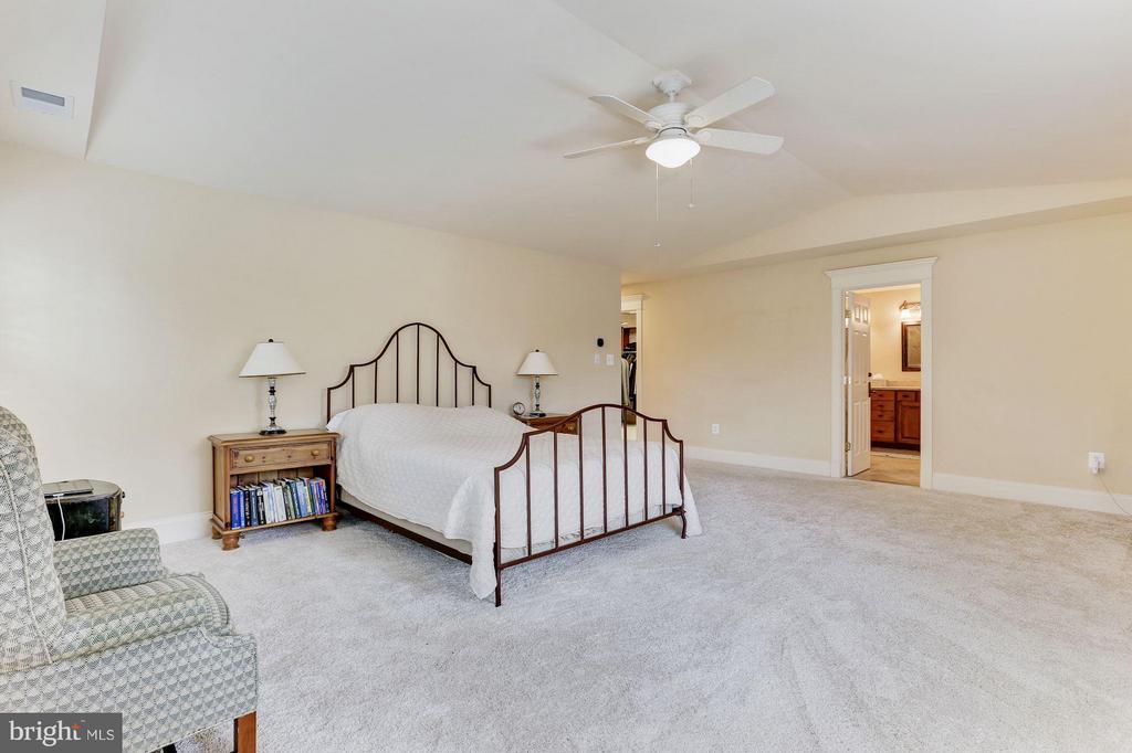 Bedroom - 6320 WASHINGTON BLVD, ARLINGTON