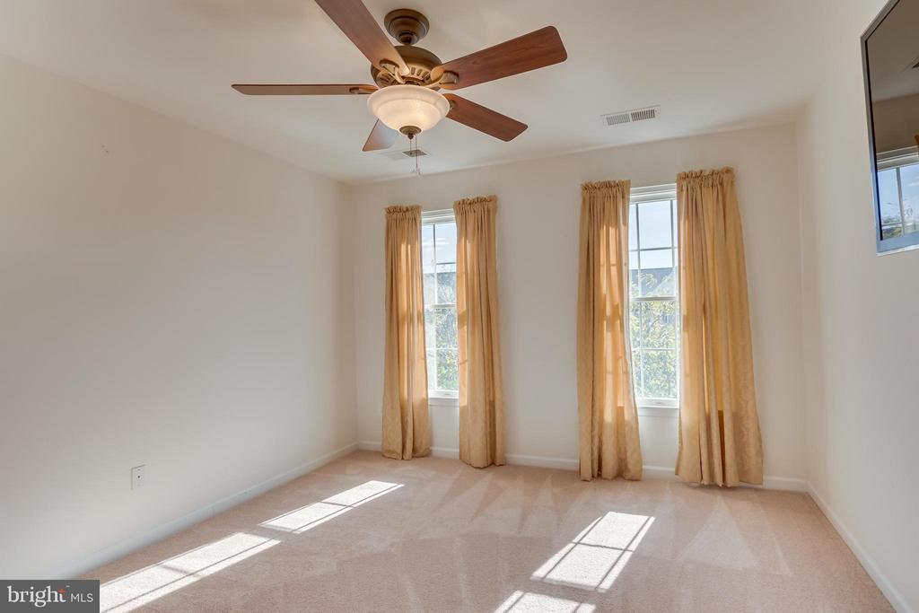Bedroom 2 - 25929 QUINLAN ST, CHANTILLY