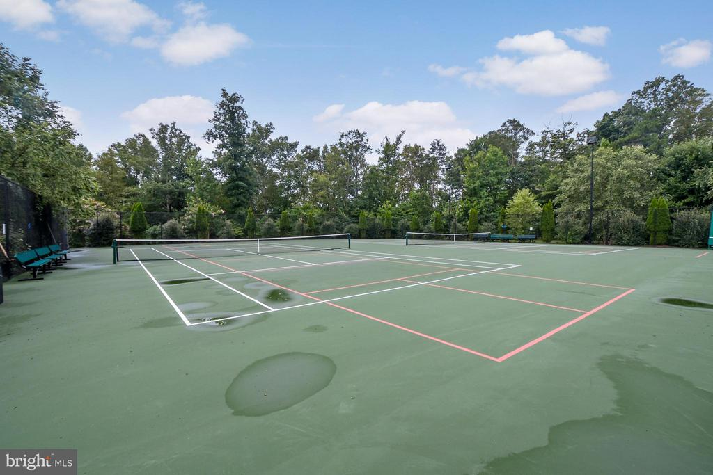 Tennis courts - 6109 GREENBRIER RIVER RD, FREDERICKSBURG
