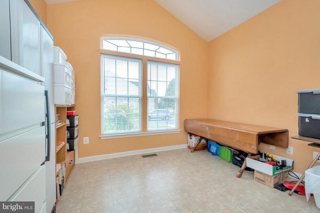 2nd Bedroom, office or sewing room - 6109 GREENBRIER RIVER RD, FREDERICKSBURG