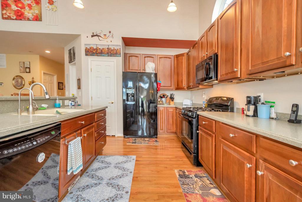 Kitchen - 6109 GREENBRIER RIVER RD, FREDERICKSBURG
