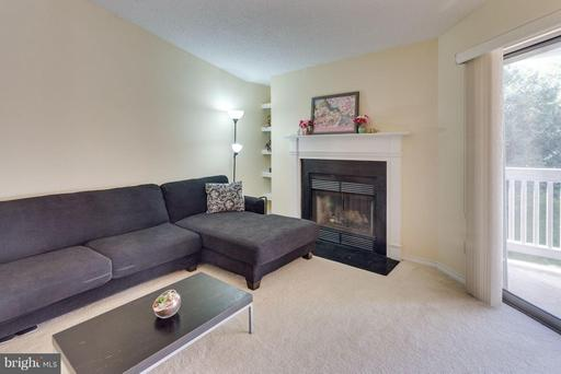1533 LINCOLN WAY #303