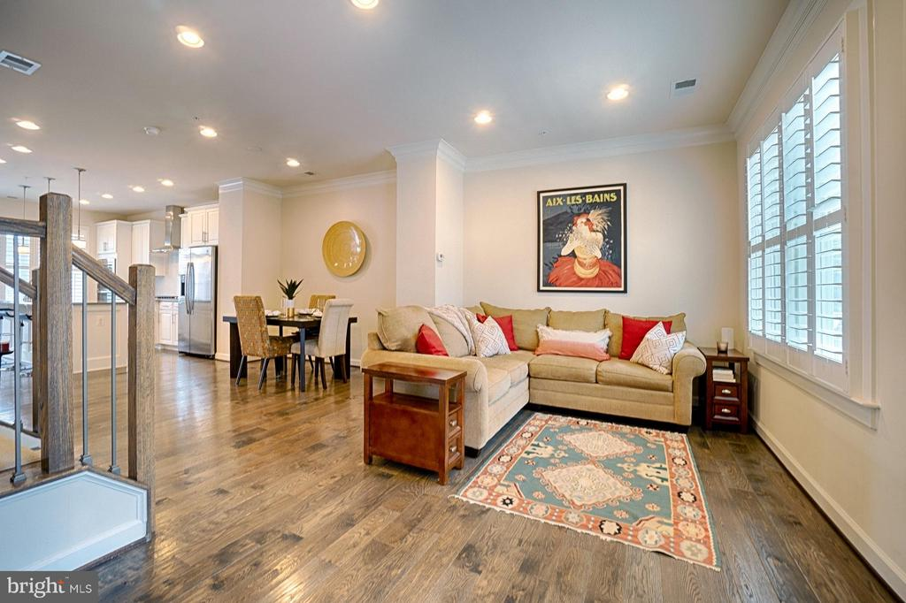Gorgeous Wide Plank Floors throughout! - 1145 MONROE ST S, ARLINGTON