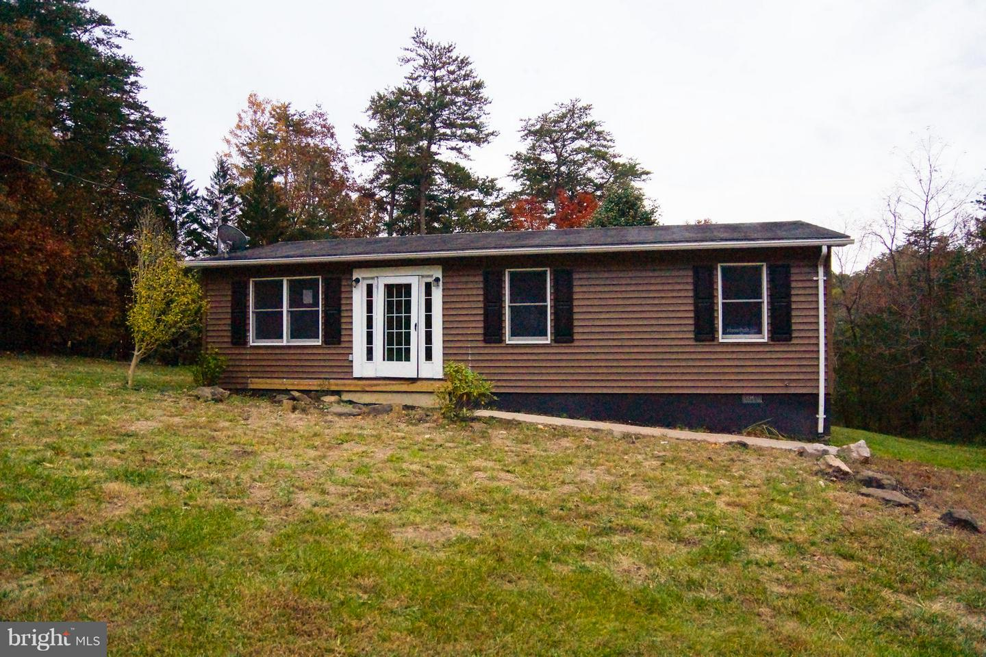 Single Family for Sale at 171 Royal Walnut Rd Front Royal, Virginia 22630 United States