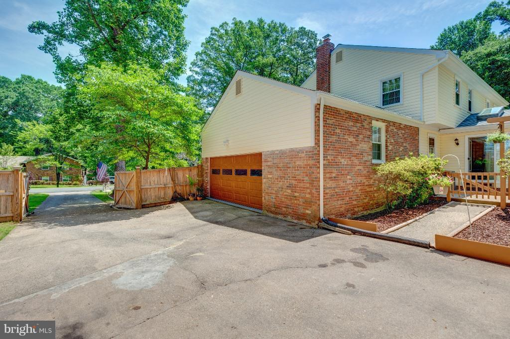Exterior (General) - 18404 BEECH LN, TRIANGLE