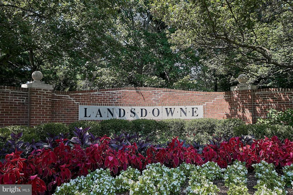 Popular Landsdowne - 7827 BOLD LION LN, ALEXANDRIA