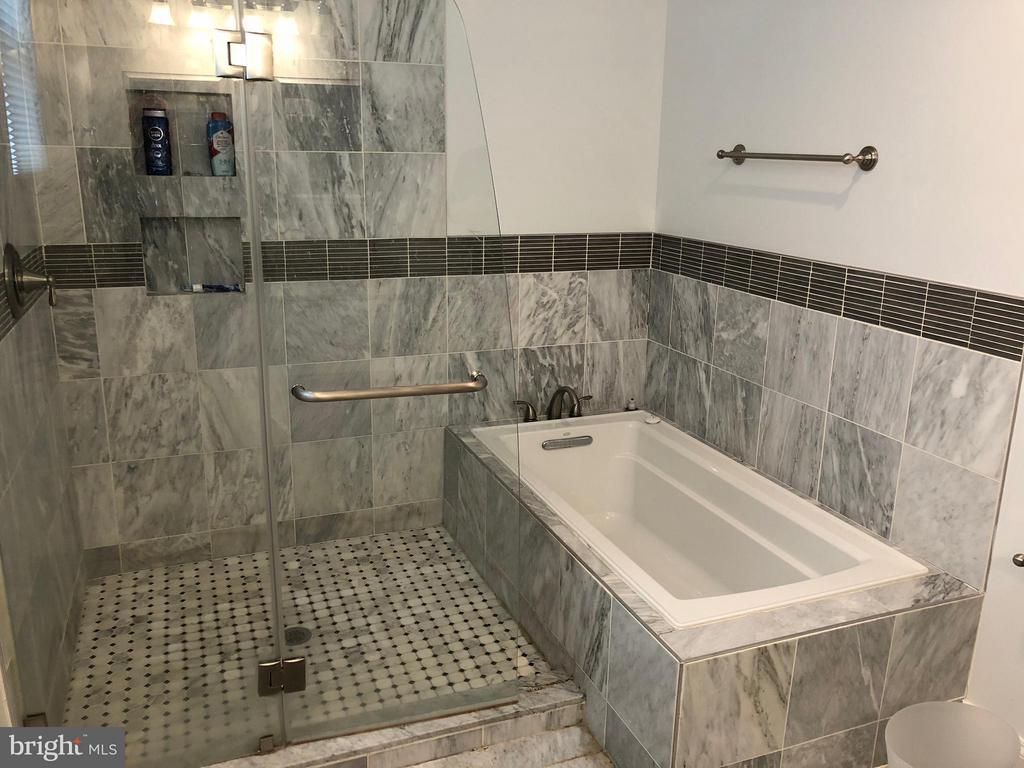 Bath (Master) - 604 HARVARD ST NW, WASHINGTON
