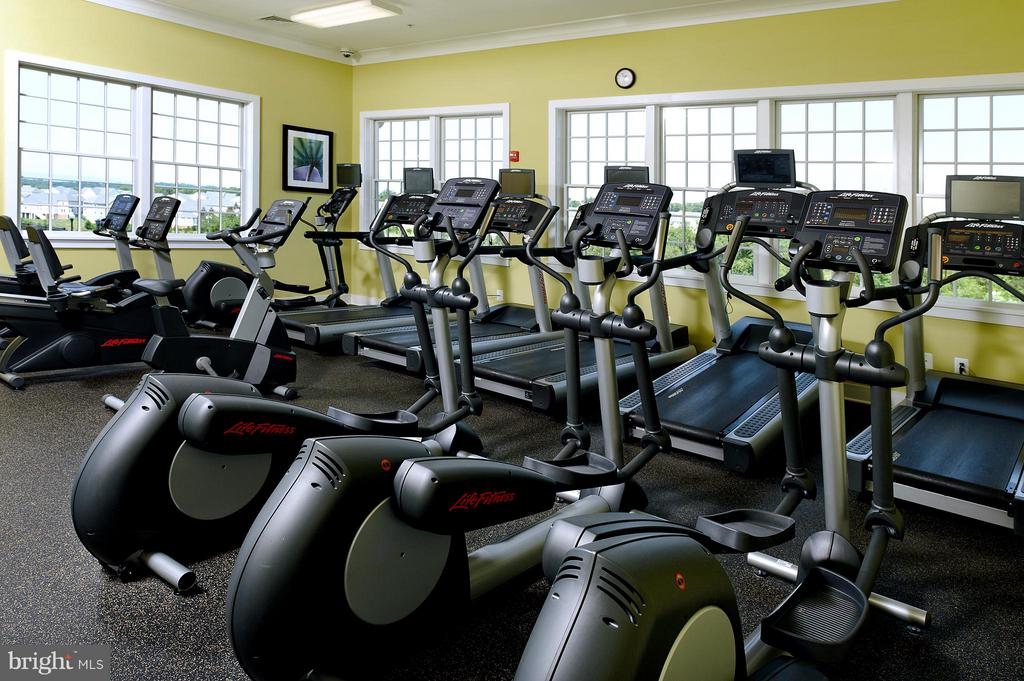 The workout room is part of the HOA. - 3918 SWEET BRIAR LN, FREDERICK