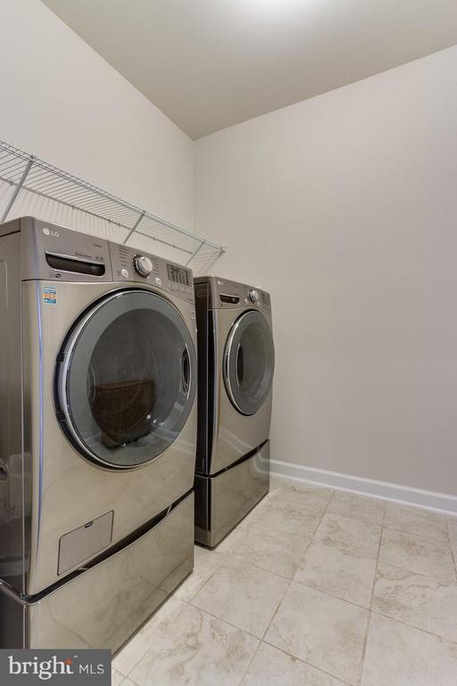 Bedroom Level Laundry Room - 9071 BEAR BRANCH PL, FAIRFAX