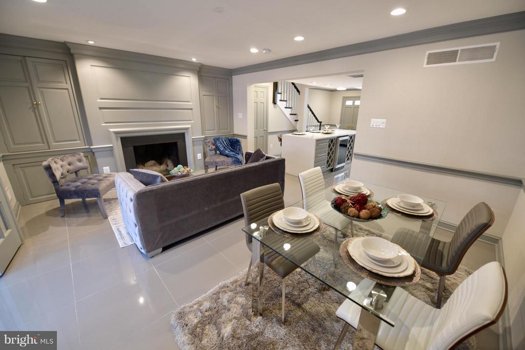Living Room - 103 CAMERON MEWS, ALEXANDRIA